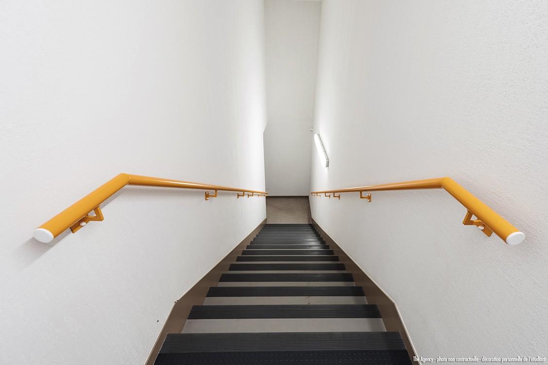 image  2019 06 21 residence etudiante suitetudes h2O la rochelle parties communes escalier