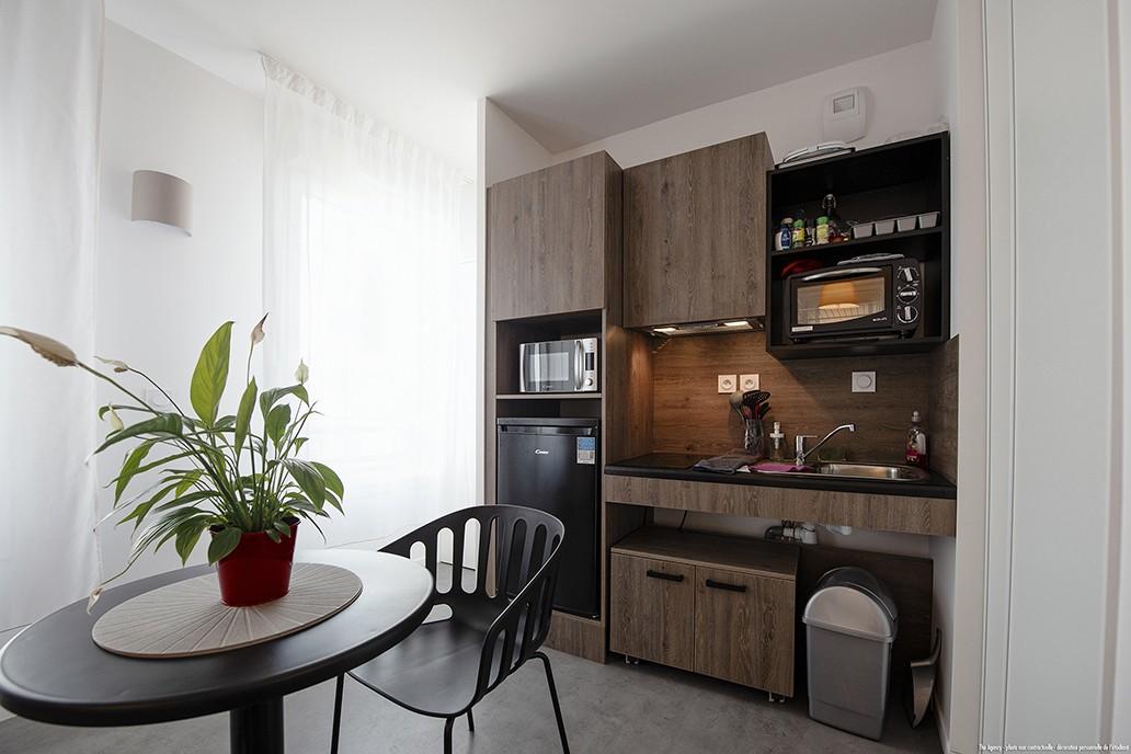 image  2019 06 21 residence etudiante suitetudes hugo park villeurbanne t1 kitchenette 04