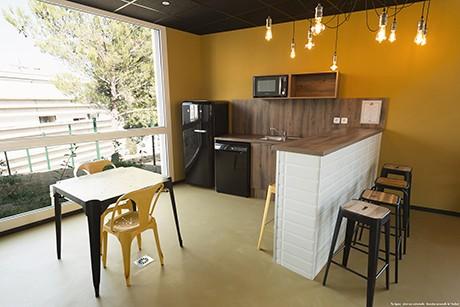 image  2019 06 21 residence etudiante suitetudes kampus 30 nimes salle commune cuisine