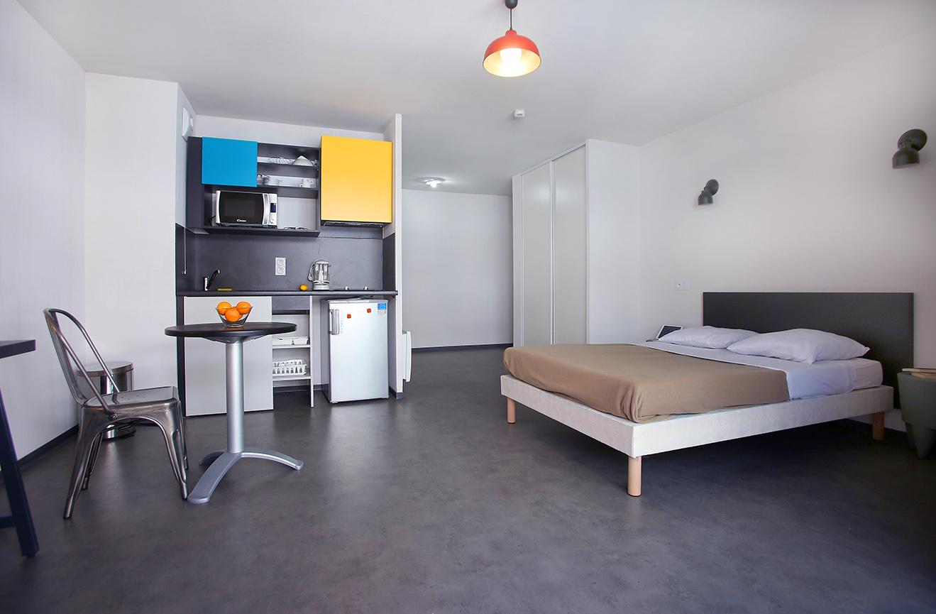 image  2019 06 21 residence etudiante suitetudes le 124 marseille t1 lit kitchenette.JPG