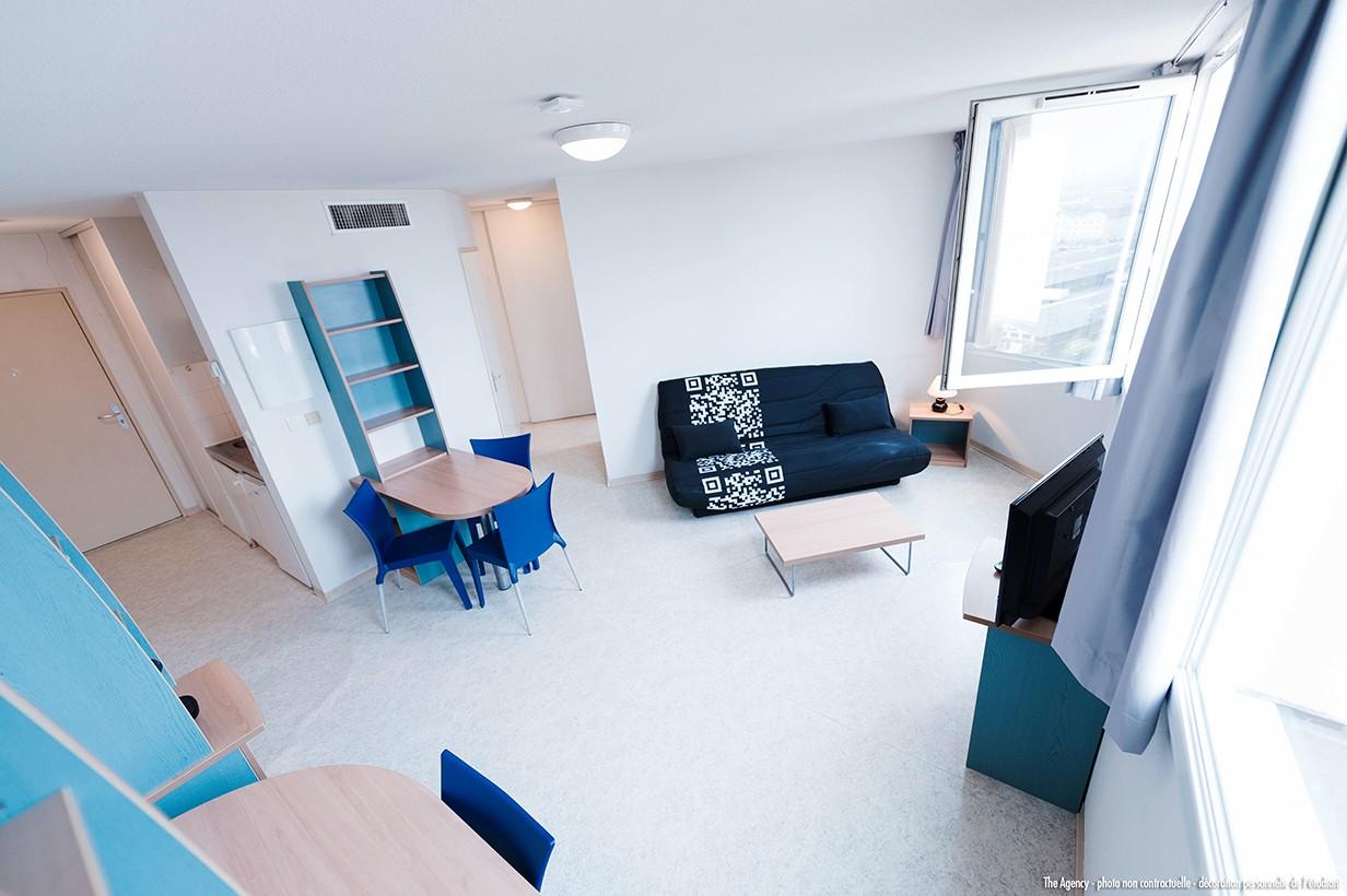 image  2019 06 21 residence etudiante suitetudes le parc belvedere clermont ferrand t2 salon canape
