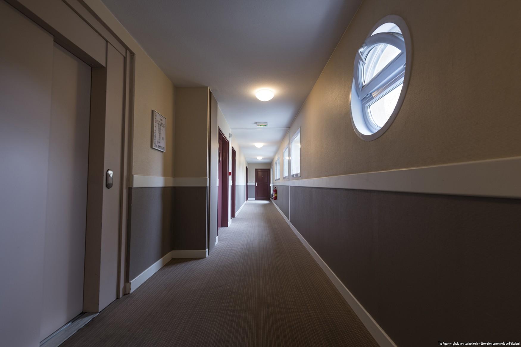 image  2019 06 21 residence etudiante suitetudes nevers couloir 2