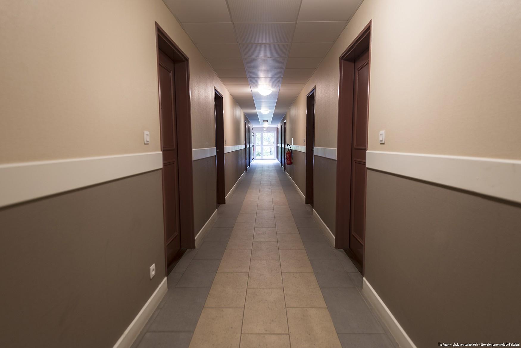 image  2019 06 21 residence etudiante suitetudes nevers couloir
