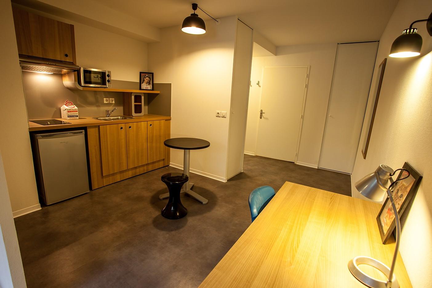 image  2019 06 21 residence etudiante suitetudes residoc 2 montpellier T1 kitchenette