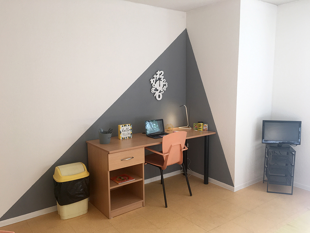 image  2019 06 21 residence etudiante suitetudes tropicampus montpellier bureau.JPG
